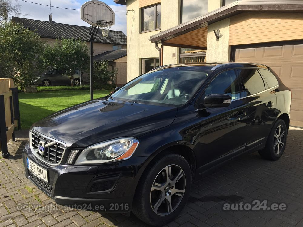 volvo xc60 summum xenium d5 151kw. Black Bedroom Furniture Sets. Home Design Ideas