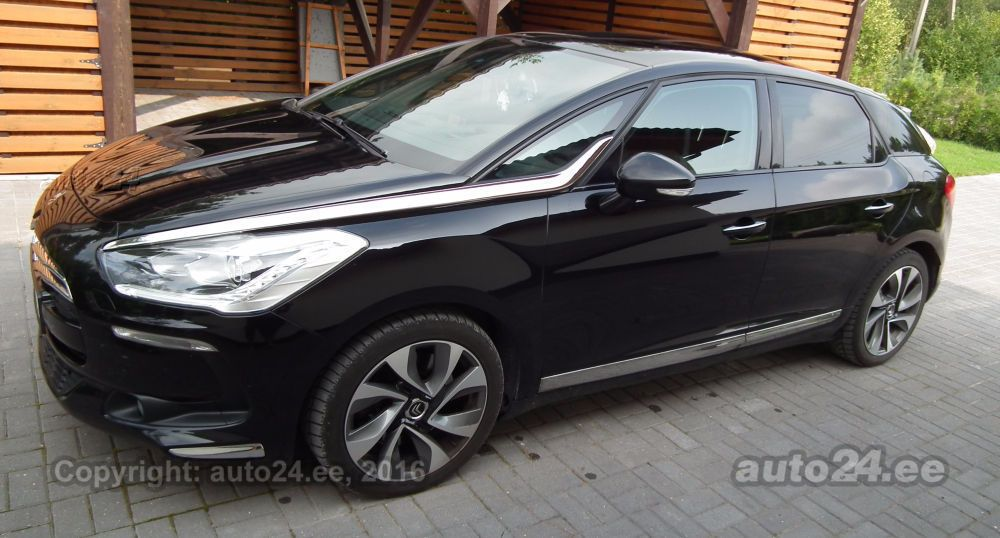 citroen ds5 so chic 2 0 120kw. Black Bedroom Furniture Sets. Home Design Ideas