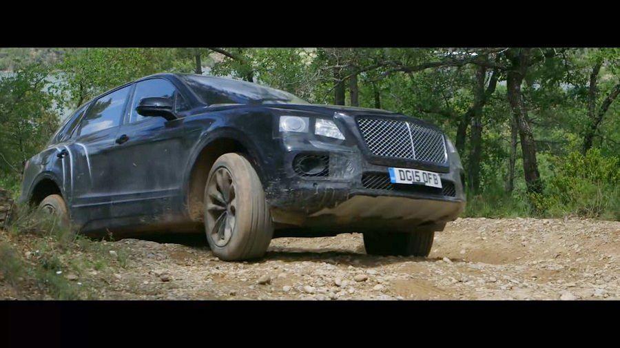 VIDEO: Bentley maastur saadeti maastikule