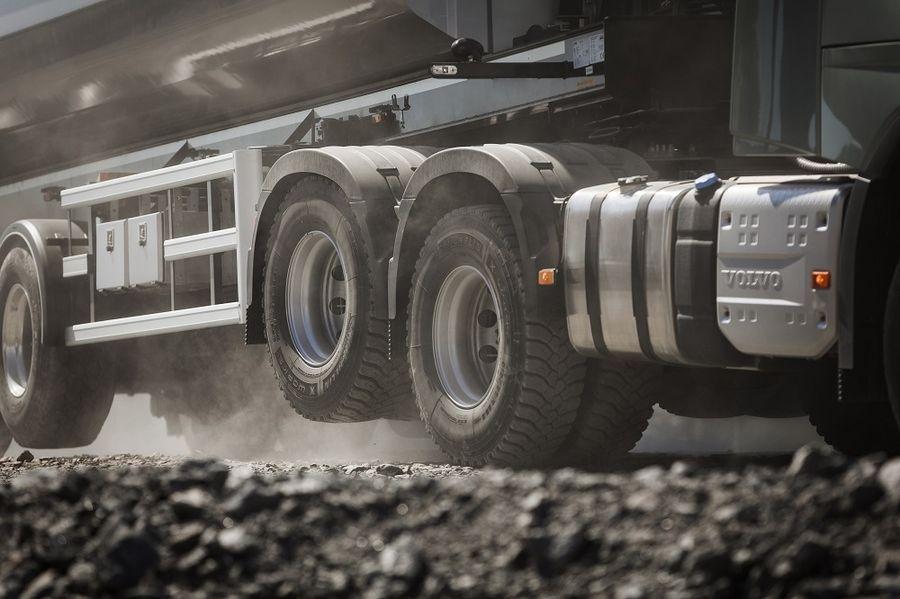 Volvo pakub võimalust tõsta üles teine vedav tagasild