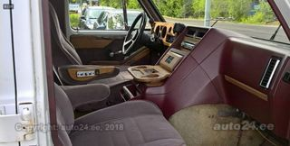 Chevrolet Chevy Van G20 6.2 V8 107kW