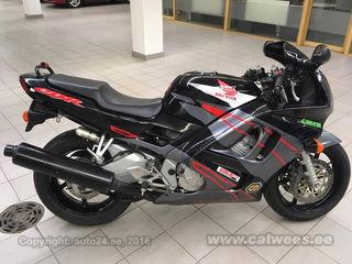 Honda CBR 600 F R4 72kW