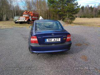 Opel Vectra 1.6 55kW