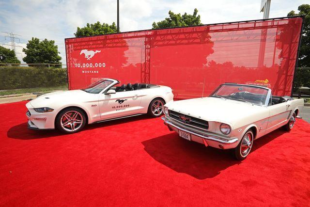 Esimene ja juubeliauto. Foto: Ford